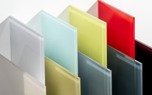 PLEXIGLAS® Hi-Gloss High-Gloss Solid Sheets